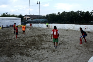 Momenti della finale di beach soccer